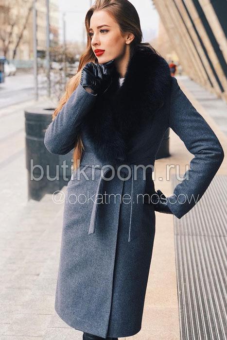 Женское зимнее пальто с черным мехом