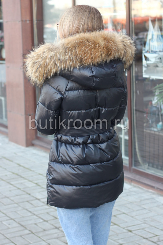 Недорогая короткая куртка с мехом зима 2019-2020